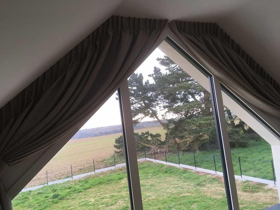 Rideaux occultants sur-mesure par votre tapissier à Lanvollon (Côtes d''Armor) (22) 0