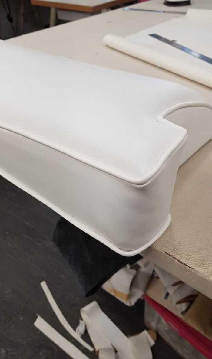 Rénovation d''un fauteuil de bateau - Lanvollon (22) 6730902125905471843130323098092792597970944n1