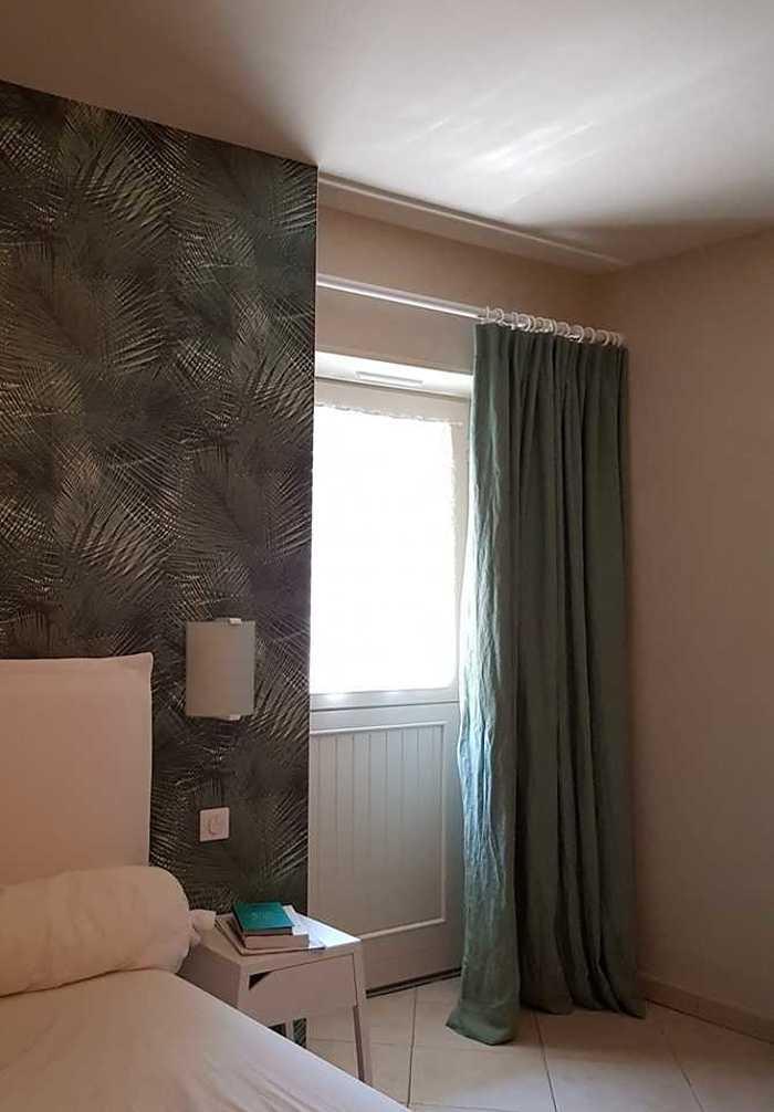 Fréhel - Installation de rideaux, stores ... dans une maison 6762179226084325191911658693670572028067840n