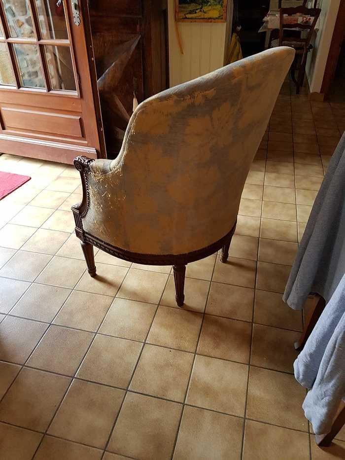 Rénovation d''un fauteuil - Lanvollon (22) 6970988526787371354940363362612960705904640o
